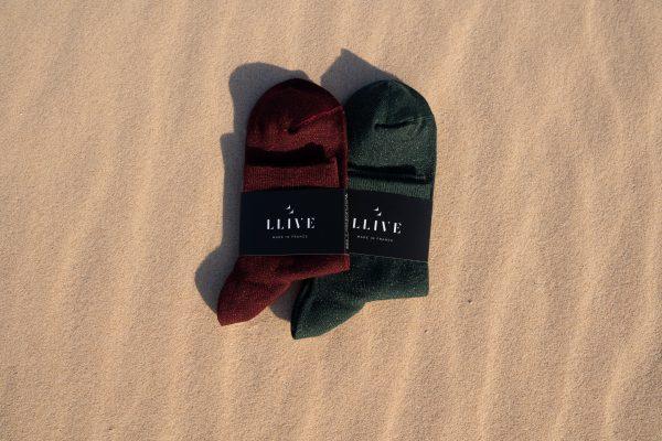 Modèles de chaussettes à paillettes mi haute rouge et verte