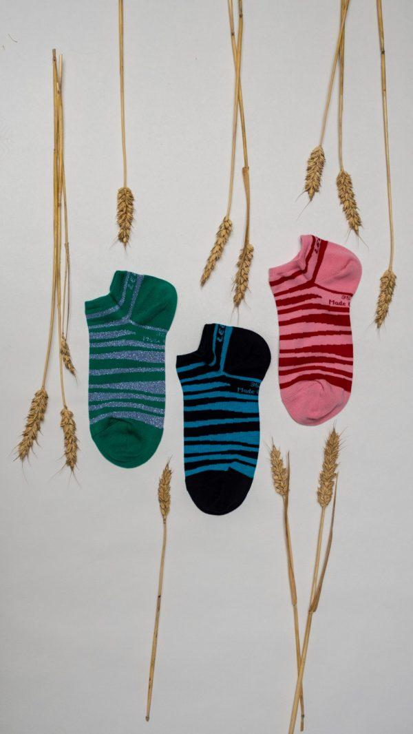 Socquettes de couleur à rayures