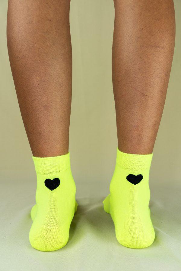 Arrière chaussettes love jaune fluo