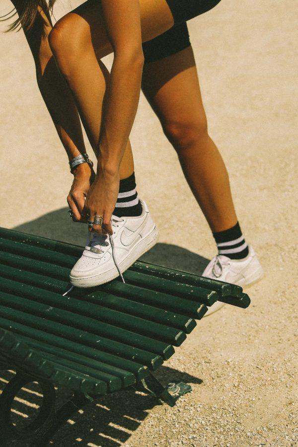 Chaussettes basses noir à bandes blanches
